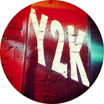 y2k written on wall